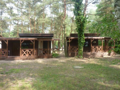 wejście do pokoju 4 osobowego - OW Sosenka - domki nad samym jeziorem