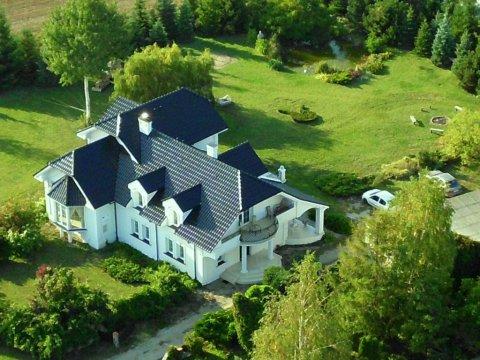 Zielone Zacisze | komfortowe pokoje z balkonami | konie, łąka, staw, sad