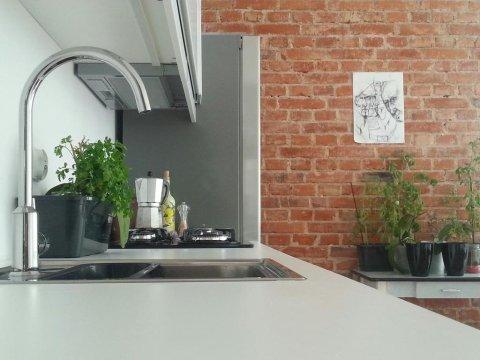 Aneks kuchenny w salonie - Apartament Wolności | Gdynia Centrum