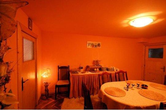 kuchnia-jadalnia - Willa Mozaika. Pokoje z łazienkami, samodzielny domek