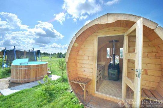 sauna, ruska bania z jakuzii - WRZOSPA. Całoroczny dom na Mazurach z basem, sauną, ruską banią i jacuzzi