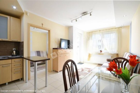 duży pokój 2 pokojowy apartament