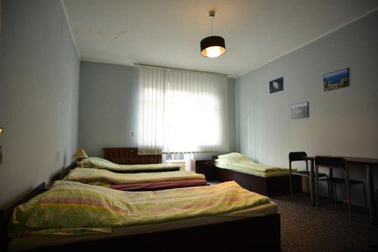 pokój czterosobowy z balkonem