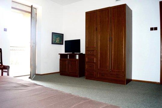 Pensjonat Madeleine. Pokoje  2,3 oraz 4 osobowe z balkonami