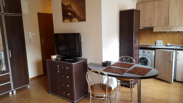 pokój - Apartament Jacek  taras   300 metrów od plaży   blisko kortów tenisowych