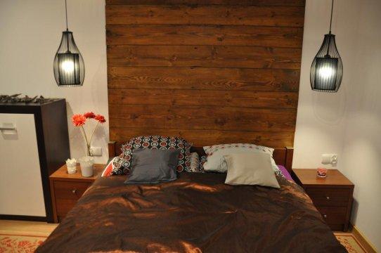 TRAWERTYNOWY sypialnia dębowa