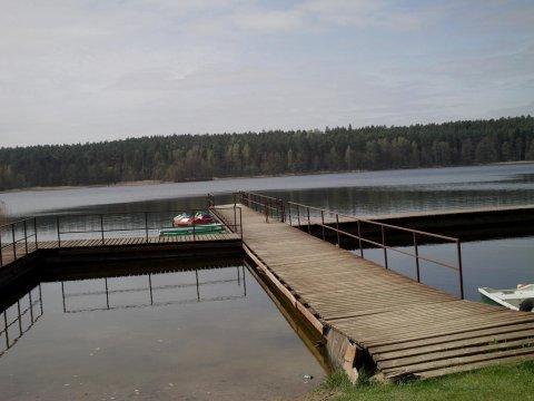 molo - Domeczek na wzgórzu nad jeziorem Strażym. Dom na wyłączność w pięknej okolicy