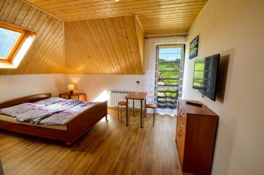 pokój 2 os z łazienką - Domki i pokoje z łazienkami Bieszcady