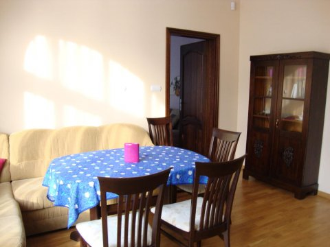 salon - apartament Evinia
