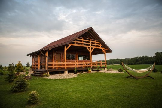 Domek nad jeziorem na Mazurach