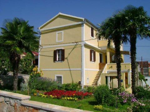 Melita Apartments side - Melita Apartments on Zadar's area island