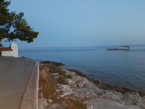 walking trail - ferry to Makarska - Villa Mia & Mia II