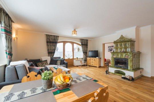 salon - Apartament Tatrachata z ogródkiem i kominkiem idealny dla rodzin