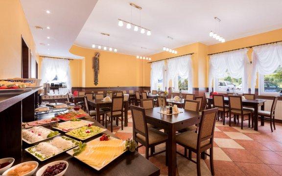 Śniadania w formie stołu szwedzkiego  - Pensjonat Toreja