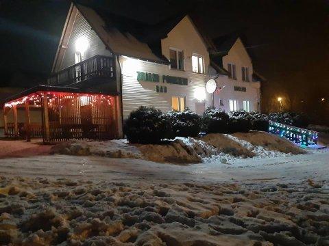 Zajazd nocą - zima