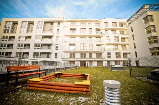 Apartament Batorego M2   dla 4 osób   7 min. spacerem do plaży