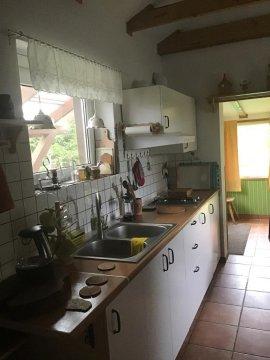 Aneks kuchenny w pokoju goscinnym