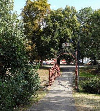 park w drodze na Starówkę