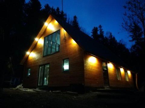 Modrzewiowa Chata | Domek dla 8 osób z ogrodem i widokiem na góry