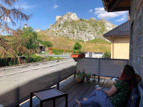 Jura | Pokoje z widokiem na skałki