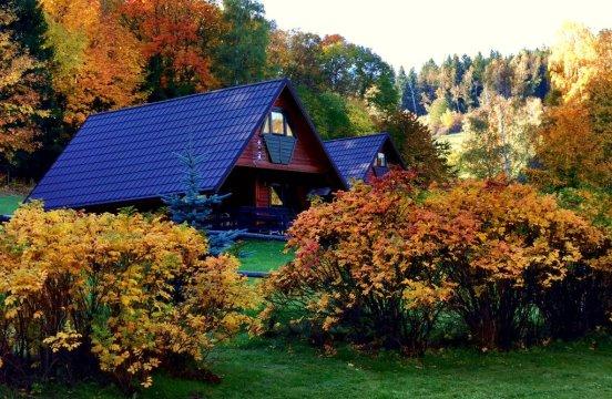 jesień w Eko Bajce - EKO BAJKA Domki w górach, idealny dla rodzin z dziećmi, agroturystyka
