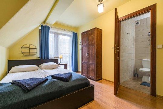 Pokoje u Kamińskich od 30 zł za osobę. W pobliżu wyciągu narciarskiego Harenda