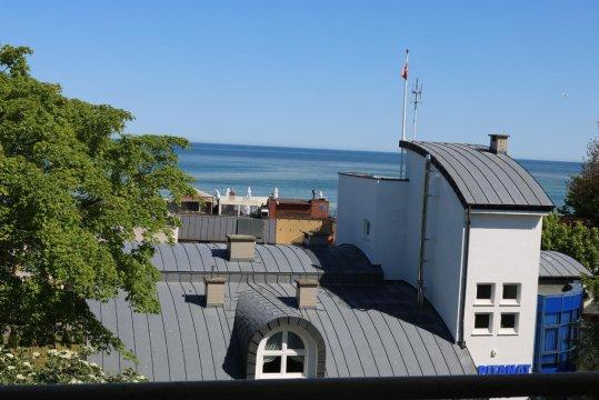 Widok z balkonu na Morskiej - Apartament z widokiem na morze i latarnię morską