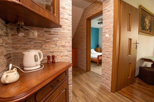Pokój nr.2 - studio dwupokojowe,4 osobowe z łazienką,balkonem.