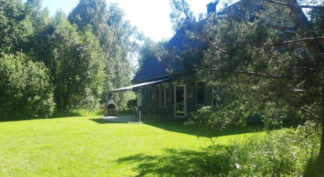 Dom na Mazurach dla 10 osób. Cisza i spokój na skraju lasu, tuż przy jeziorze.