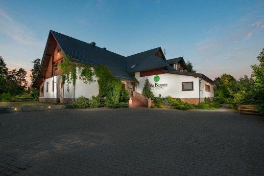 Villa Bezycer - Villa Bezycer. Pokoje i Apartamenty w otoczeniu przyrody