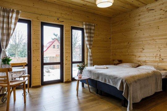 Pokój 2 os. z tarasem - Villa Bezycer. Pokoje i Apartamenty w otoczeniu przyrody