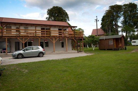 Dom Wczasowy Dogoda z własnym pomostem do jeziora, sprzęt wodny i do grillowania