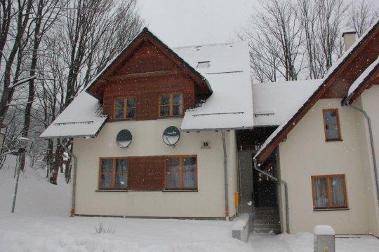 Domek Przy Stoku | 2-poziomowy apartament | 100 m od ośrodka narciarskiego