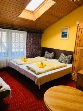 Hotel Pod Złotą Rybką w centrum Łeby