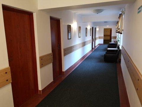 Hotel Kakadu. Pokoje 1,2,3 i więcej osobowe z łazienkami.
