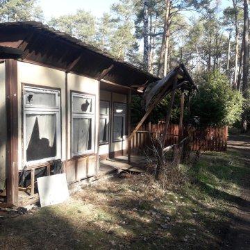 obiekt obok domku Jagoda , obiekt należy do innego właściciela .