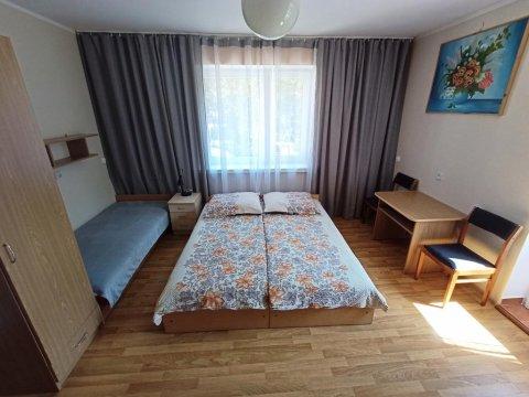 pokój nr 5 na piętrze 4 osobowy