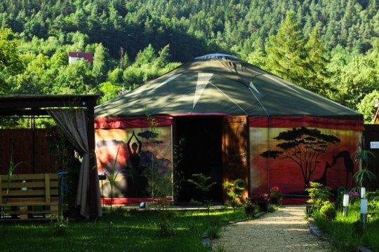 Aloha Glamp - Całoroczna jurta, sauna, jacuzzi, morsowanie, stoki narciarskie