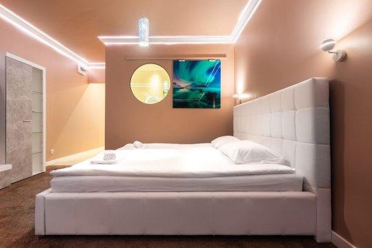 Royal De Luxe Apartment 80m2 + jacuzzi