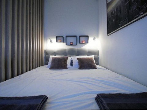 4UApart-Apartment studio Platan New York - 4UApart-Apartment studio Platan New York- nowoczesny apartament z dużym tarasem