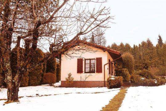 Sielankowy domek całoroczny w Straconce w Bielsku-Białej dla rodziców  z niemowl
