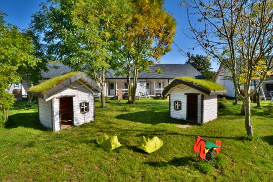 Rodzinne Rusinowo - domki letniskowe i apartamenty całoroczne 1800m od morza