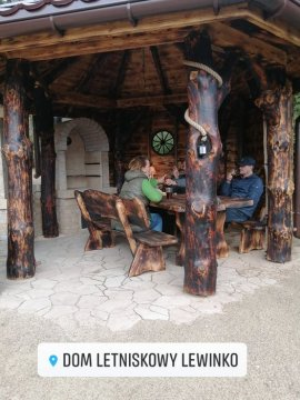 Domek Letniskowy | otoczony lasem