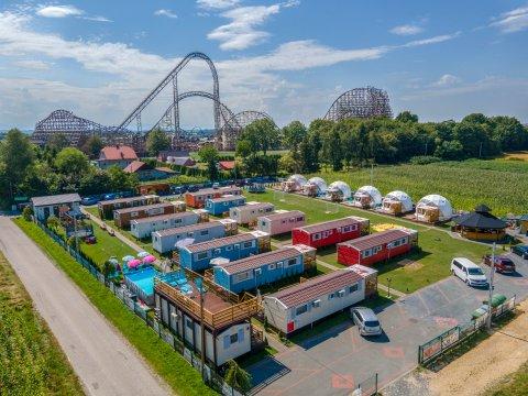 Holiday Park Zator - Domki całoroczne 100 metrów od Parku Energylandia z basenem