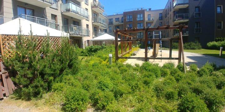 Posesja -plac zabaw - Studia i Apartamenty 2,3,4 osobowe Sopocka Rezydencja 450m plaża