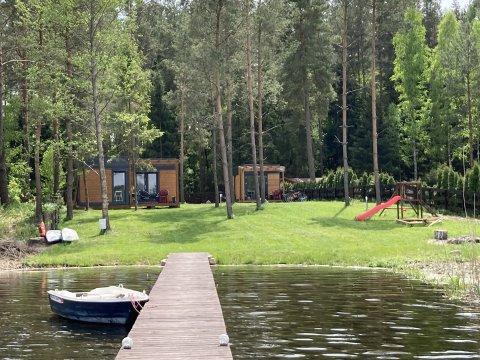 Makosieje Resort-nowoczesny domek rekreacyjny 20m od jeziora