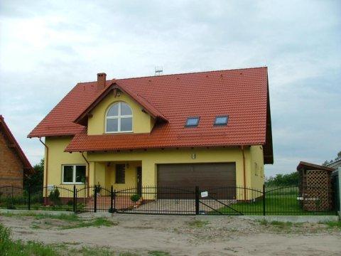 dom - Gdańsk Sobieszewo - komfortowe pokoje 800 m od plaży - duży ogród, grill