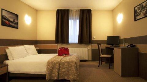 Hotel Sleep | noclegi w spokojnej okolicy Wrocławia