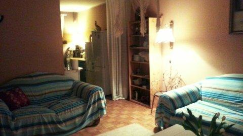 Drugi Dom Cafe Cardamon. Pokoje w domu z ogrodem grillowym i tarasem