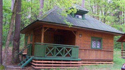 Domek Letniskowy nad jeziorem.